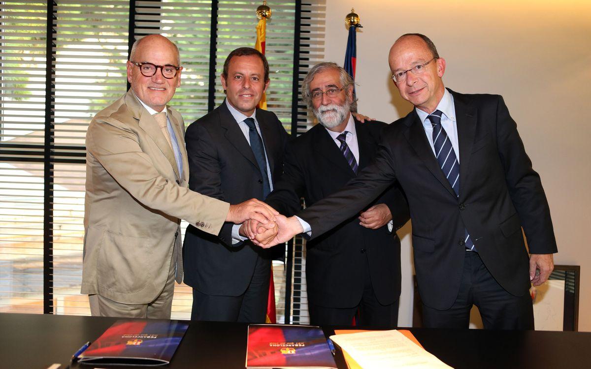 L'Institut Ramon Llull i el FC Barcelona signen un conveni per a la projecció exterior de la cultura catalana
