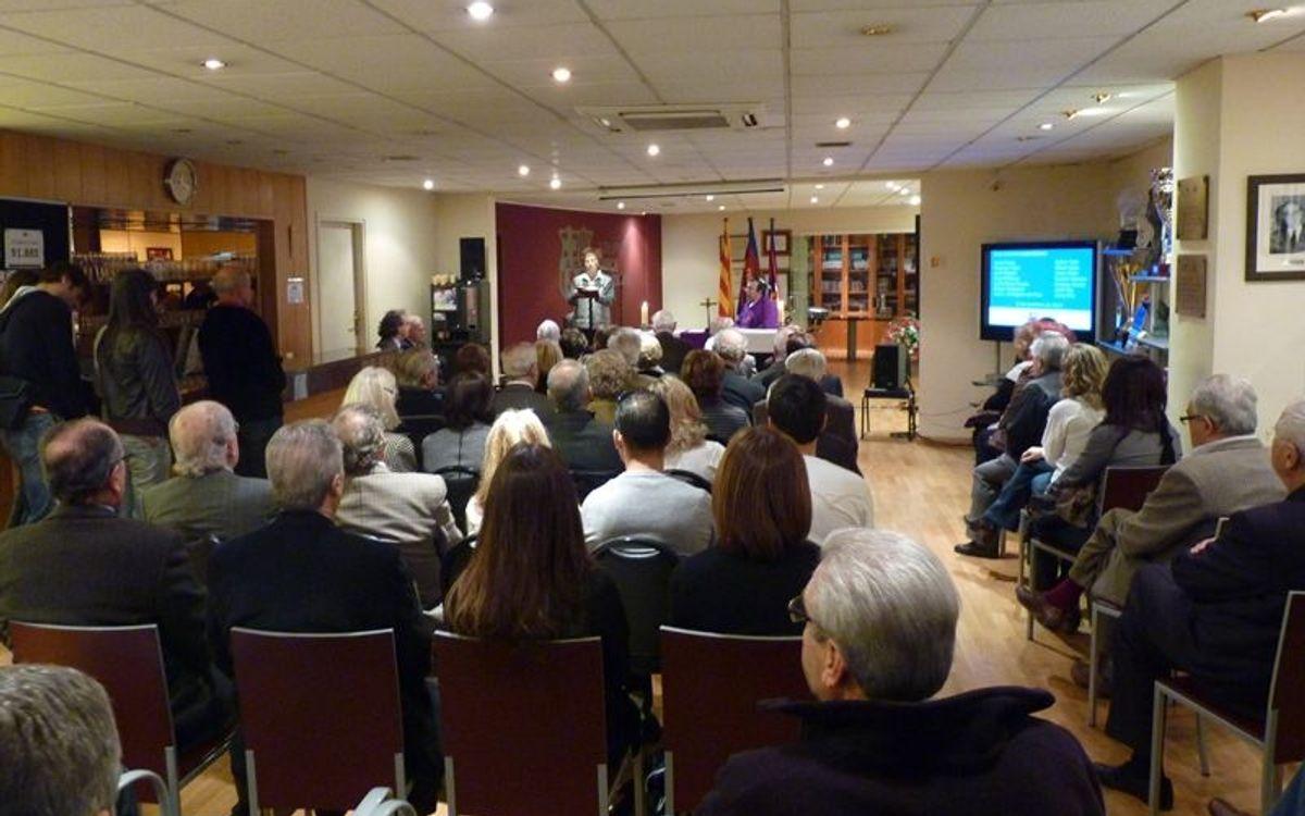 L'Agrupació Barça Jugadors celebra una missa en honor dels membres traspassats durant el 2011