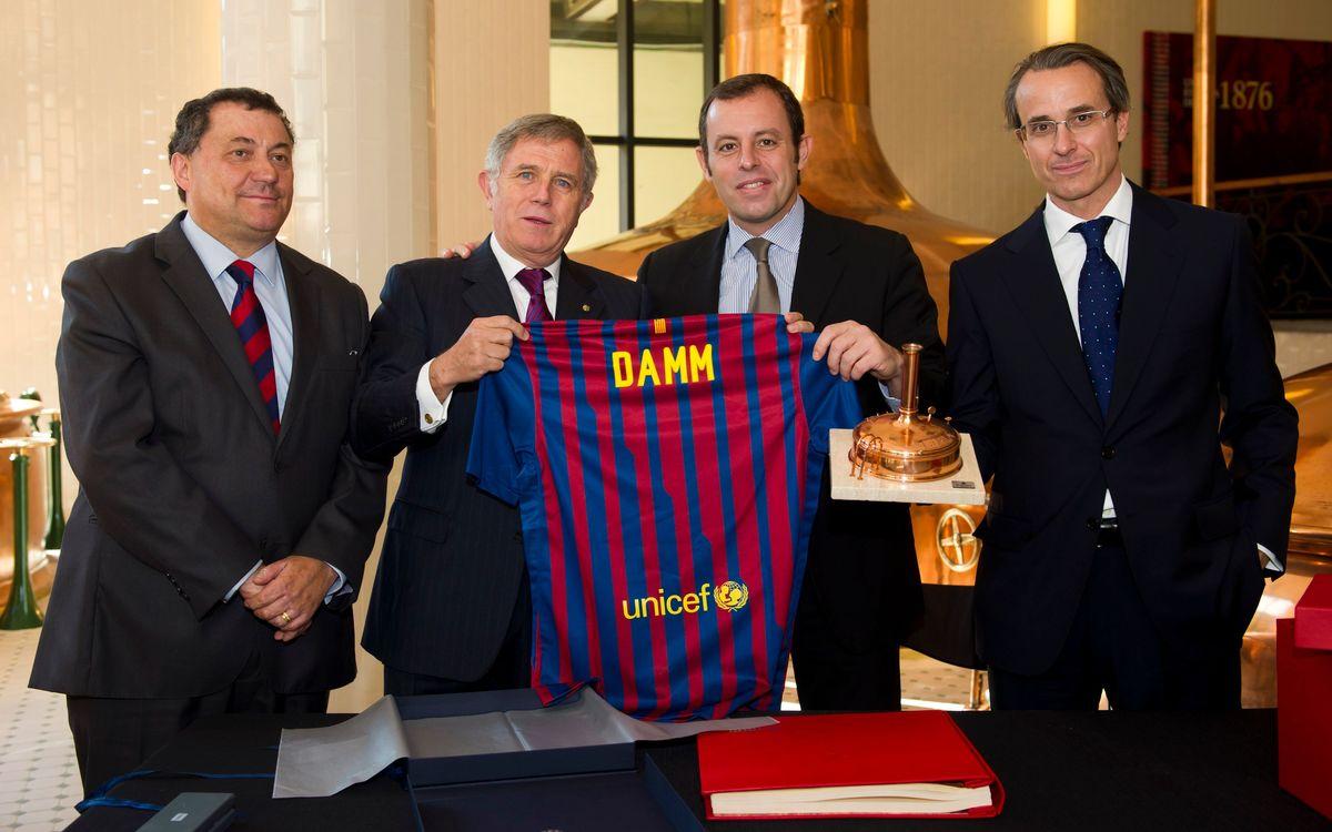 Estrella Damm renueva como patrocinador oficial del FC Barcelona durante 5 años más