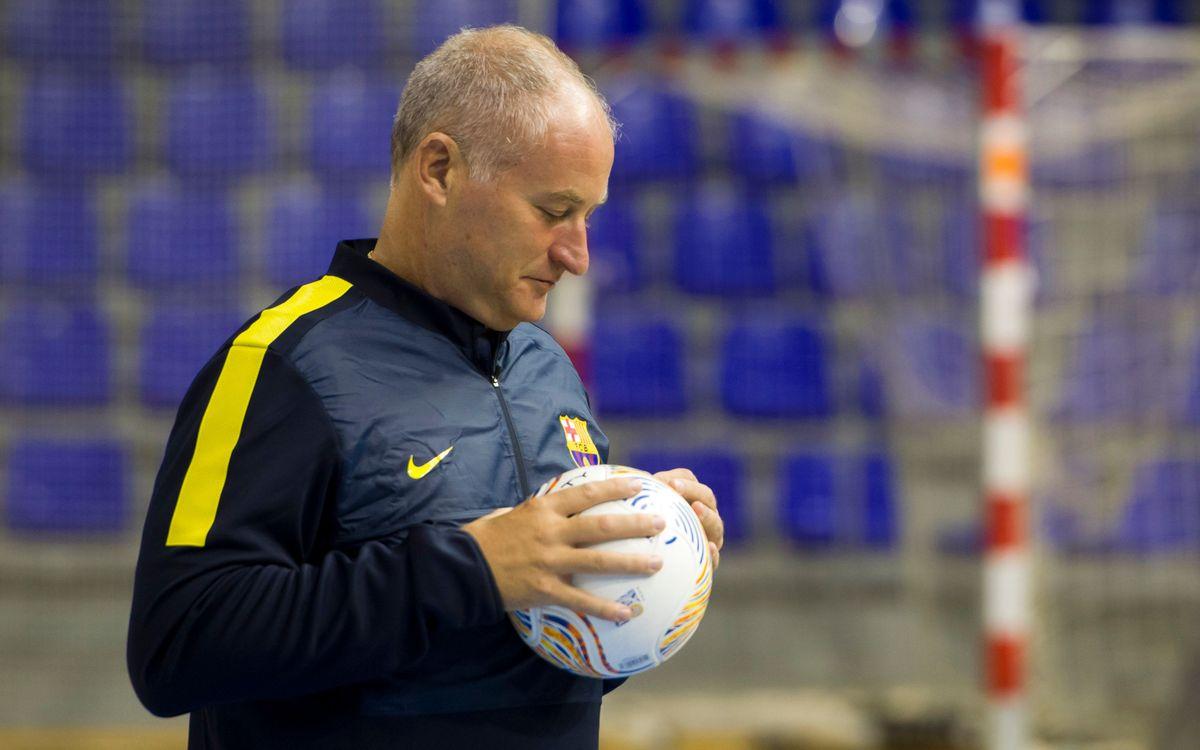 Carmona adverteix dels perills d'un Santiago Futsal que manté la filosofia dels darrers anys