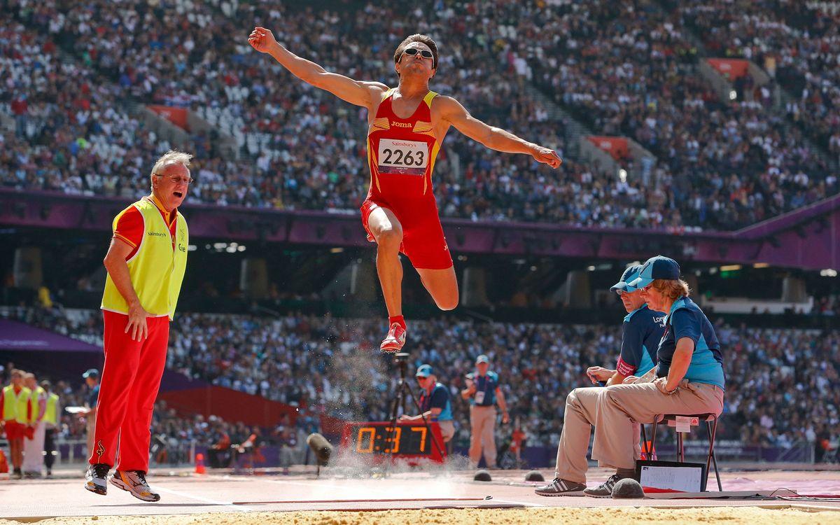 Javier Porras, 5è en salt de llargada