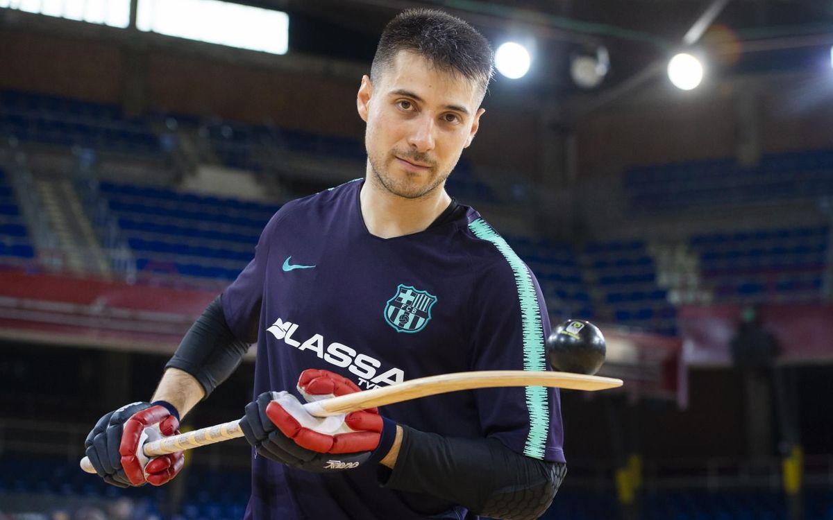 Matias Pascual, fent malabarismes amb la bola