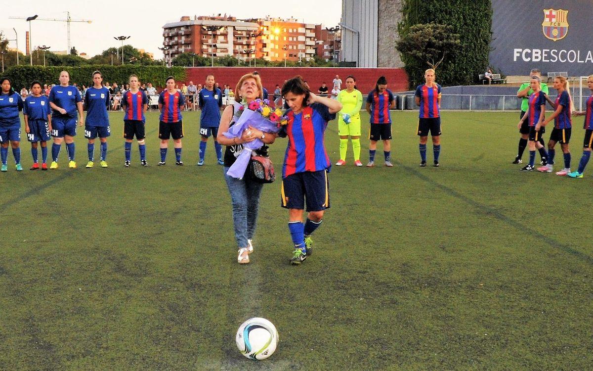Homenaje póstumo de la Agrupación a la exjugadora del FCB, Vanesa Laborda