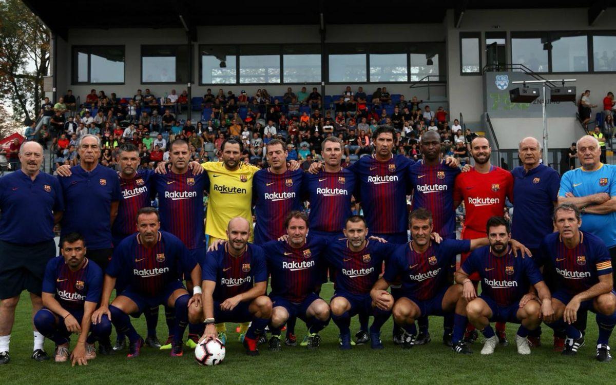 El equipo ABJ disputa un amistoso ante exjugadores de la República Checa y Eslovaquia