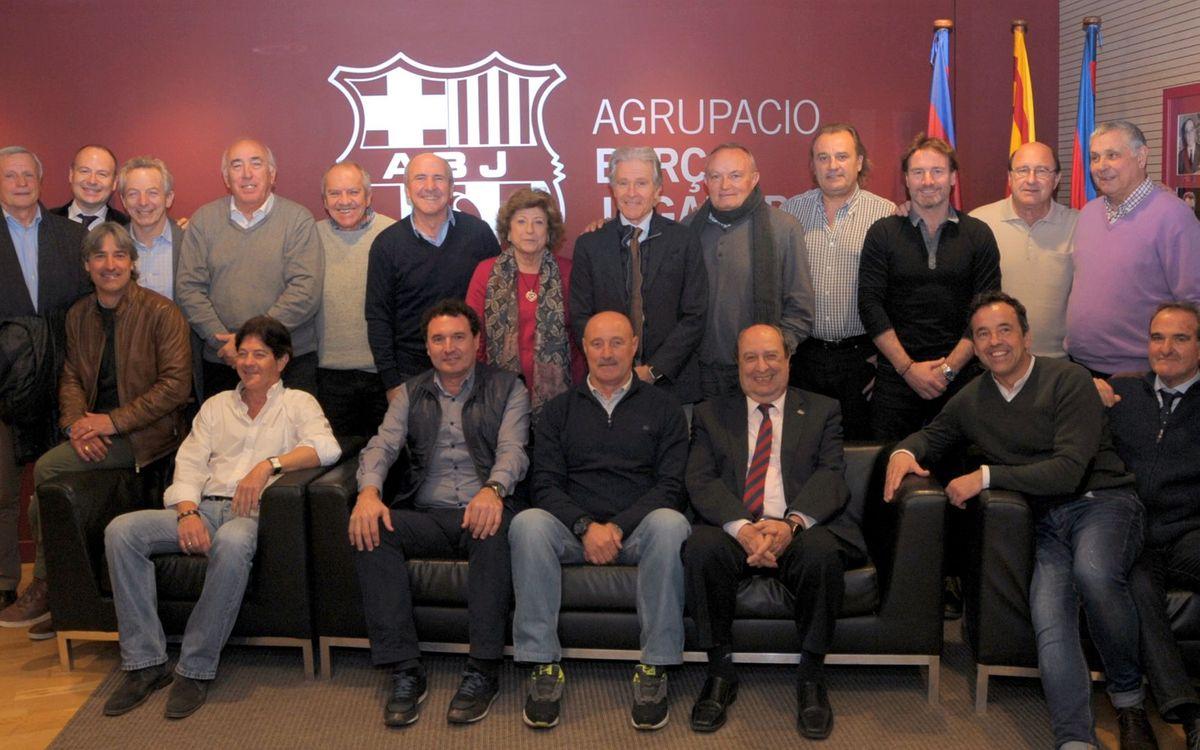 La ABJ reúne a los exjugadores participantes en actos de Peñas Barcelonistas