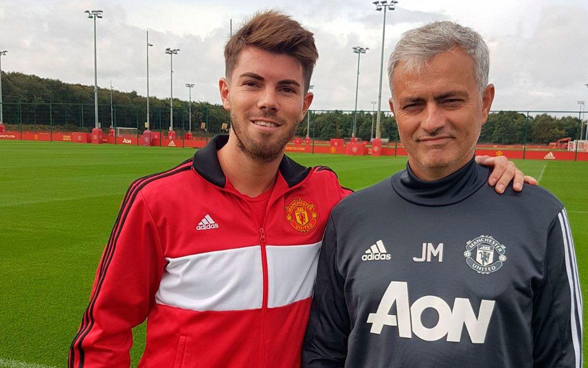 Lliçons de futbol i anglès al Manchester United