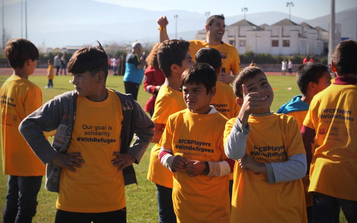 La ABJ y la Fundación FC Barcelona organizan una acción solidaria con los refugiados en Lesbos (Grecia)