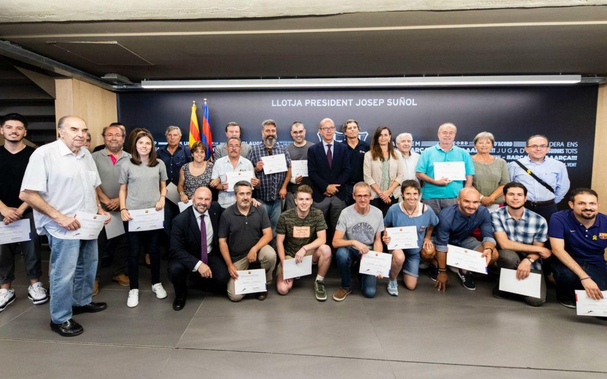 Exjugadores de la Agrupación, voluntarios de programas de la Fundación Barça