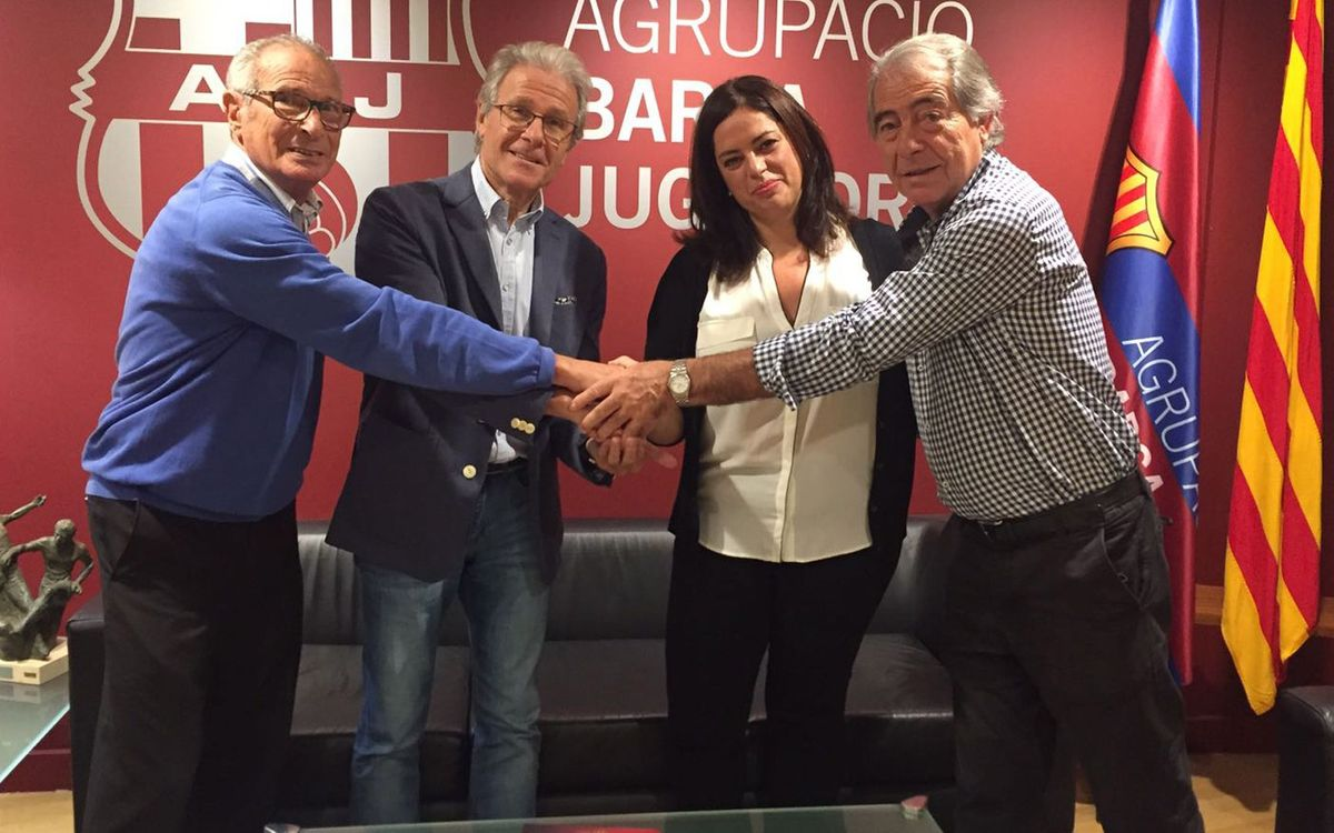 La Agrupación pacta ventajas con Halcón Viajes