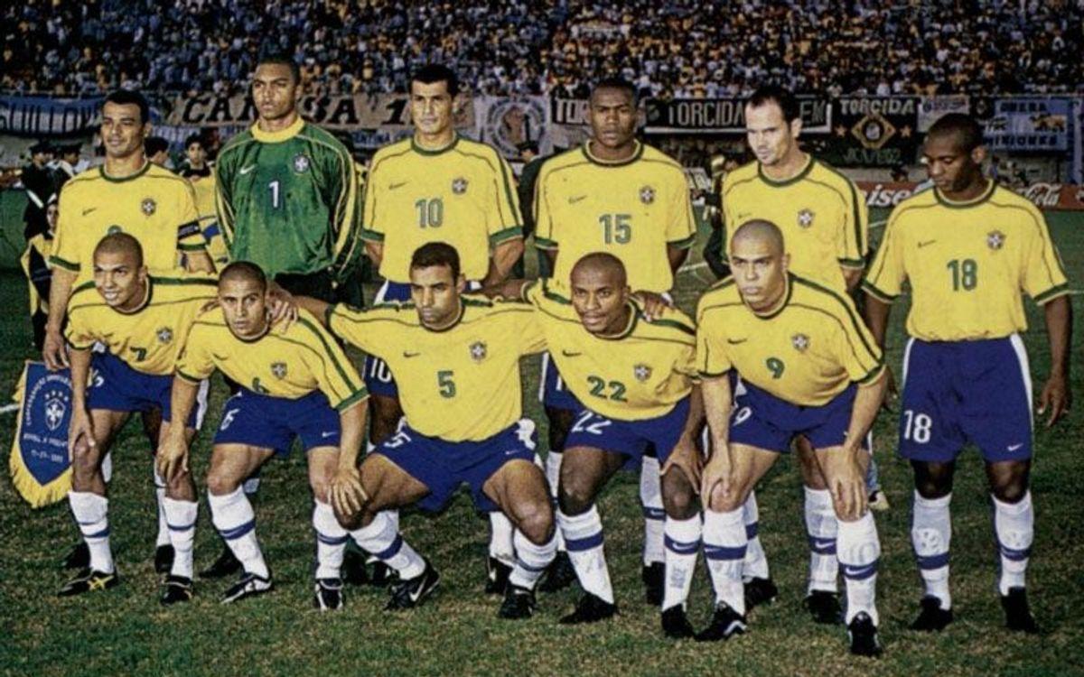Rivaldo titular y autor de dos goles en la final de 1999 ante Uruguay - CONMEBOL