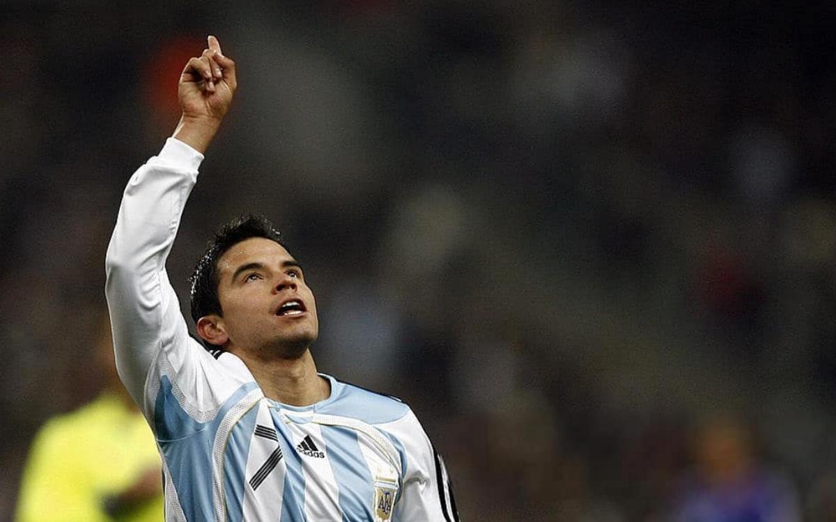 Saviola, el día de su hat-trick también lucia el '7' en la camiseta de Argentina