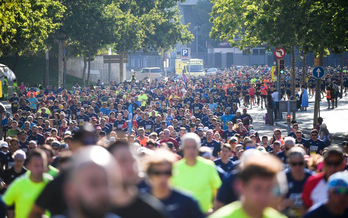 Més de 3.500 culers omplen les Corts d'esport i barcelonisme