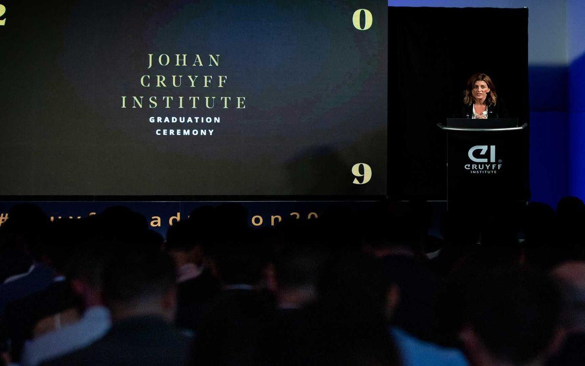 Graduació de la segona promoció del Màster en Gestió Esportiva de l'Institut Johan Cruyff sobre el model Barça
