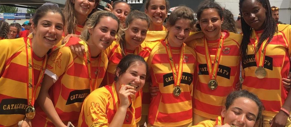 Vuit blaugranes es pengen una medalla en el campionat d'Espanya de rugbi de set