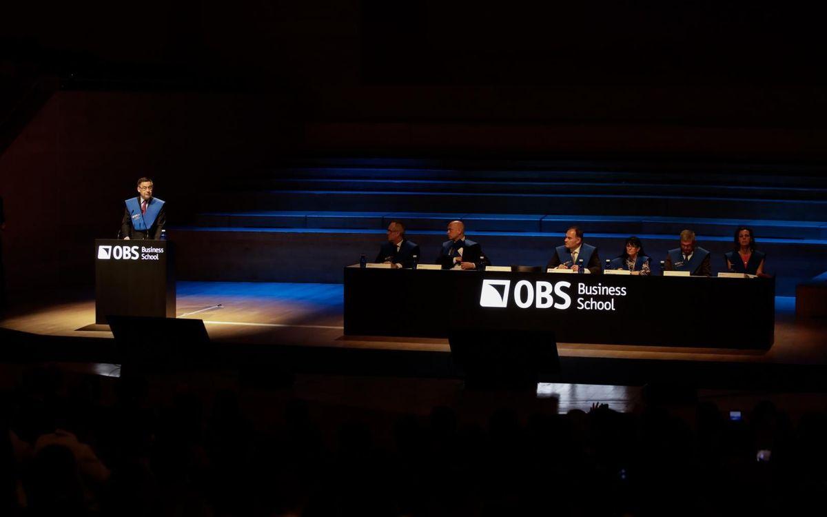 Josep Maria Bartomeu, padrí de la graduació dels alumnes de l'Escola de negocis OBS Business School
