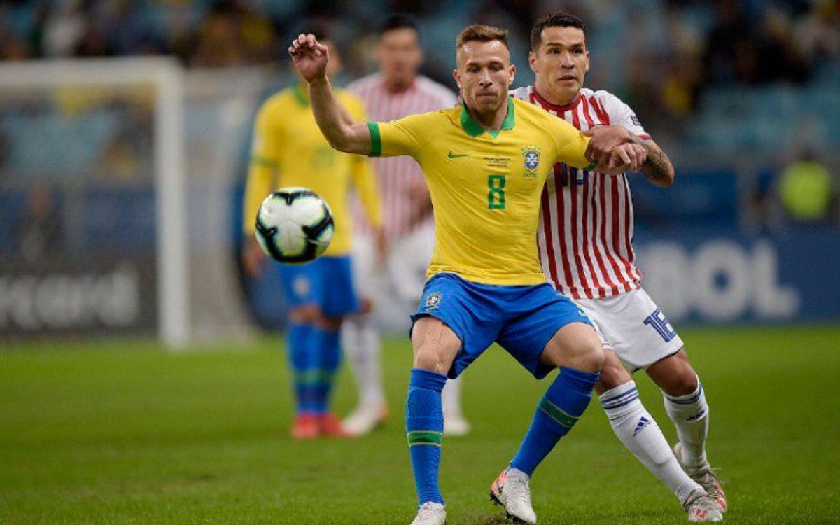 Arthur i Coutinho, classificats per a les semifinals de la Copa Amèrica