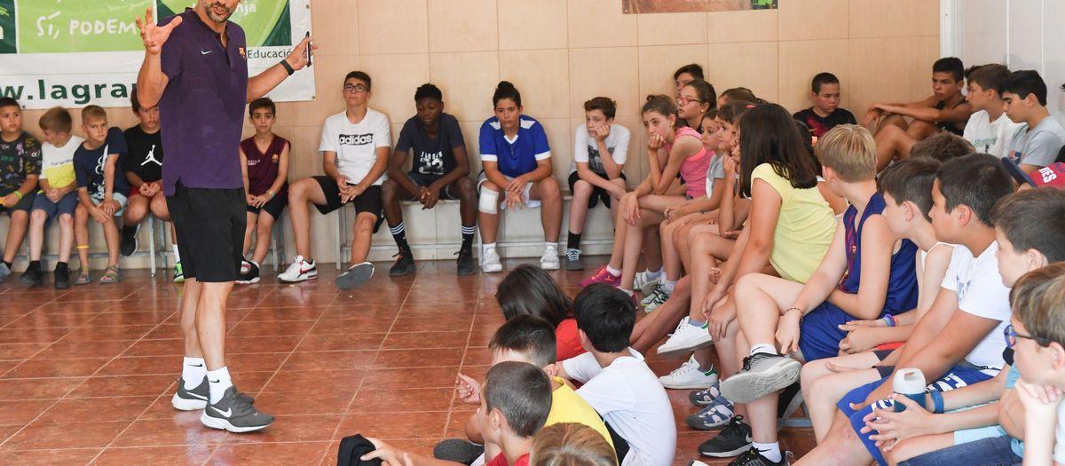 Comença el Campus del Barça de bàsquet