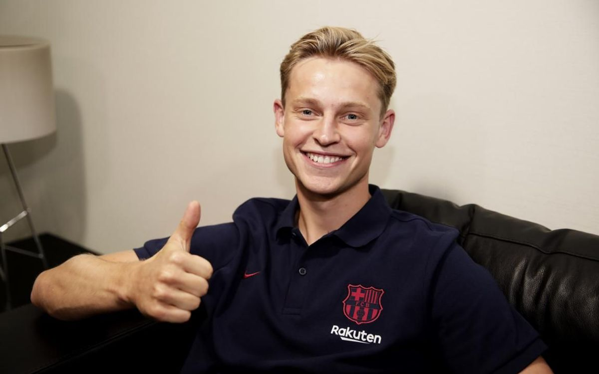 De Jong: 'I'm very happy to be here, it's a dream'