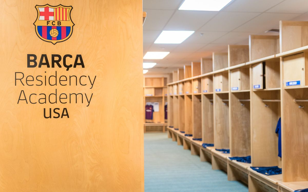 BARÇA Residency Academy locker