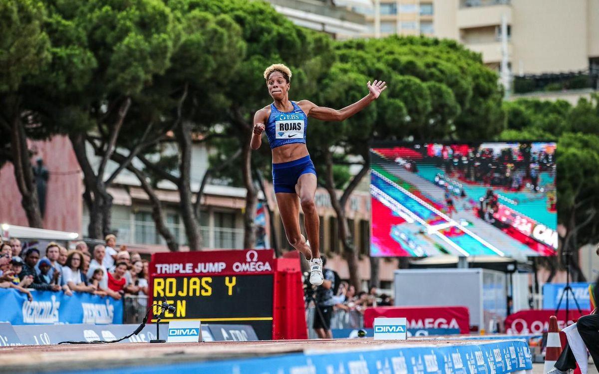 Rojas vola a Mònaco i torna a fregar els 15 metres
