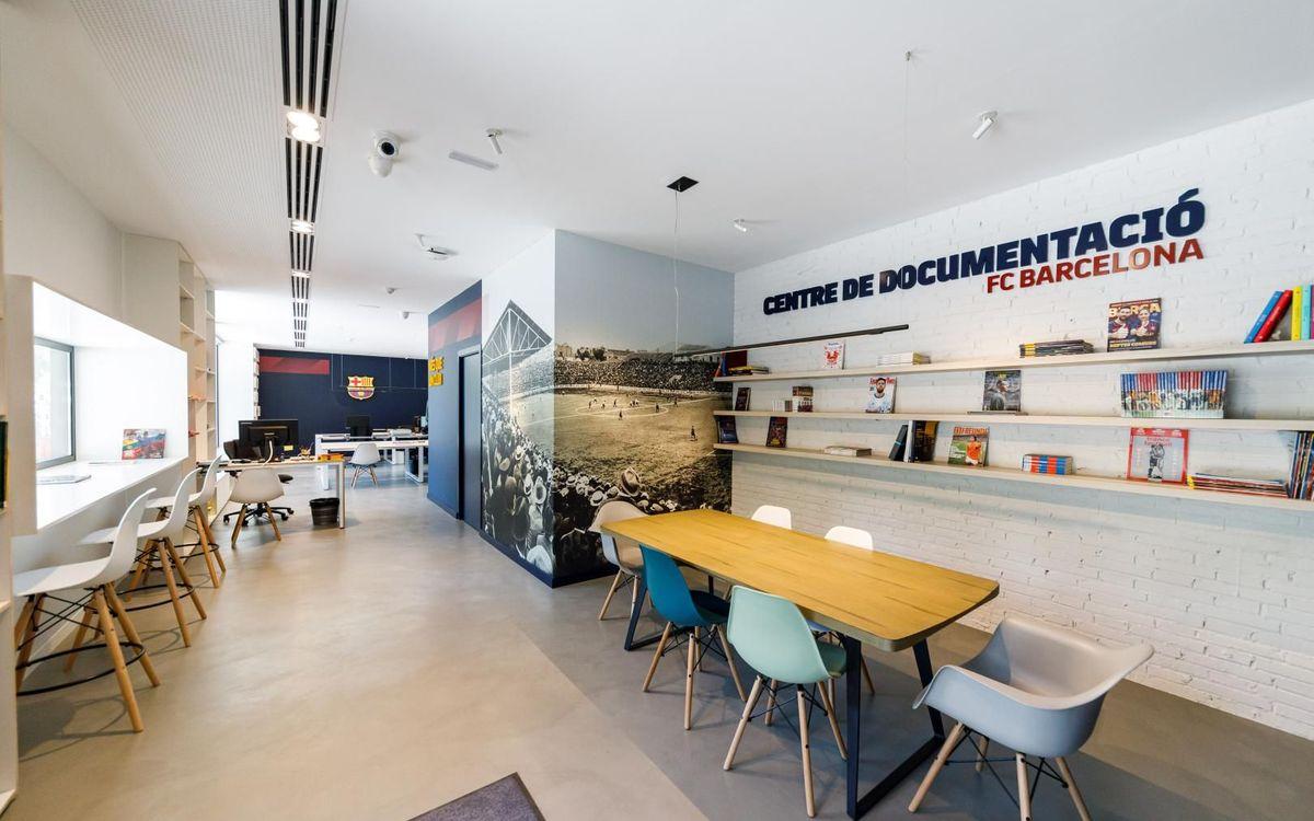 El nou Centre de Documentació té prop de 100 m² i disposa d'un espai de treball i una zona de consulta per al públic