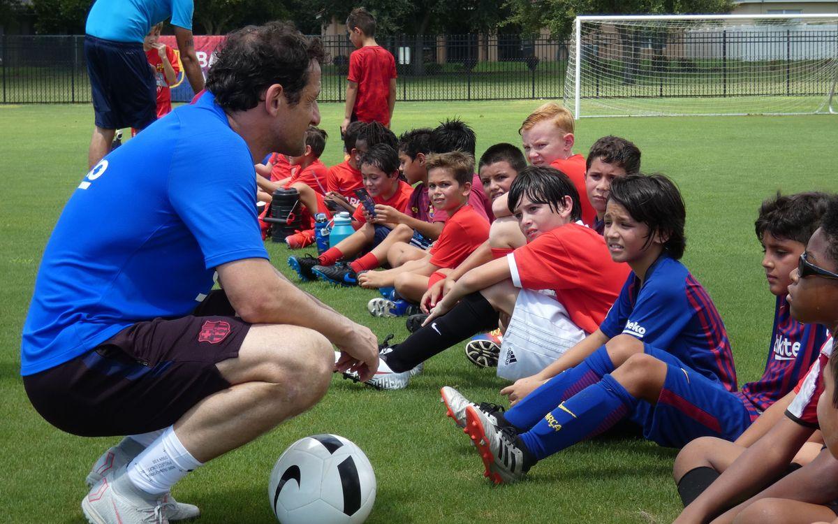 Juliano Belletti durant la seva participació al Clinic de la Barça Academy Orlando