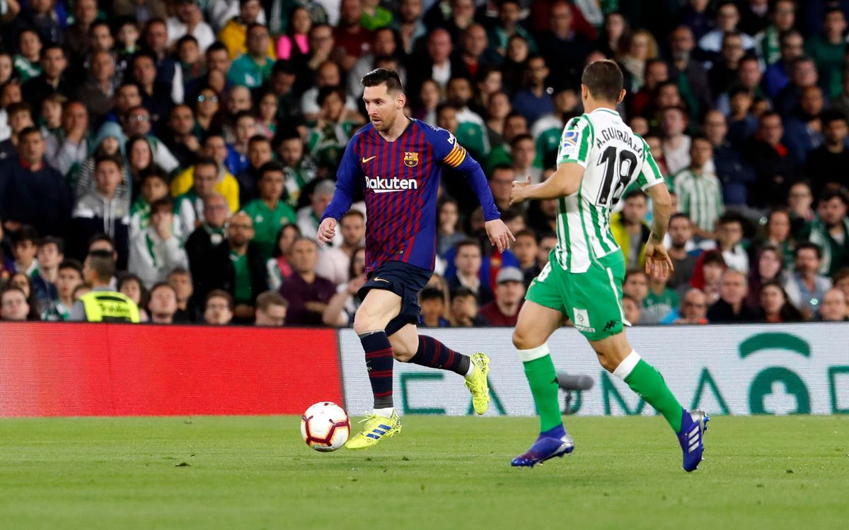 Messi's stunner at the Benito Villamarín on shortlist for