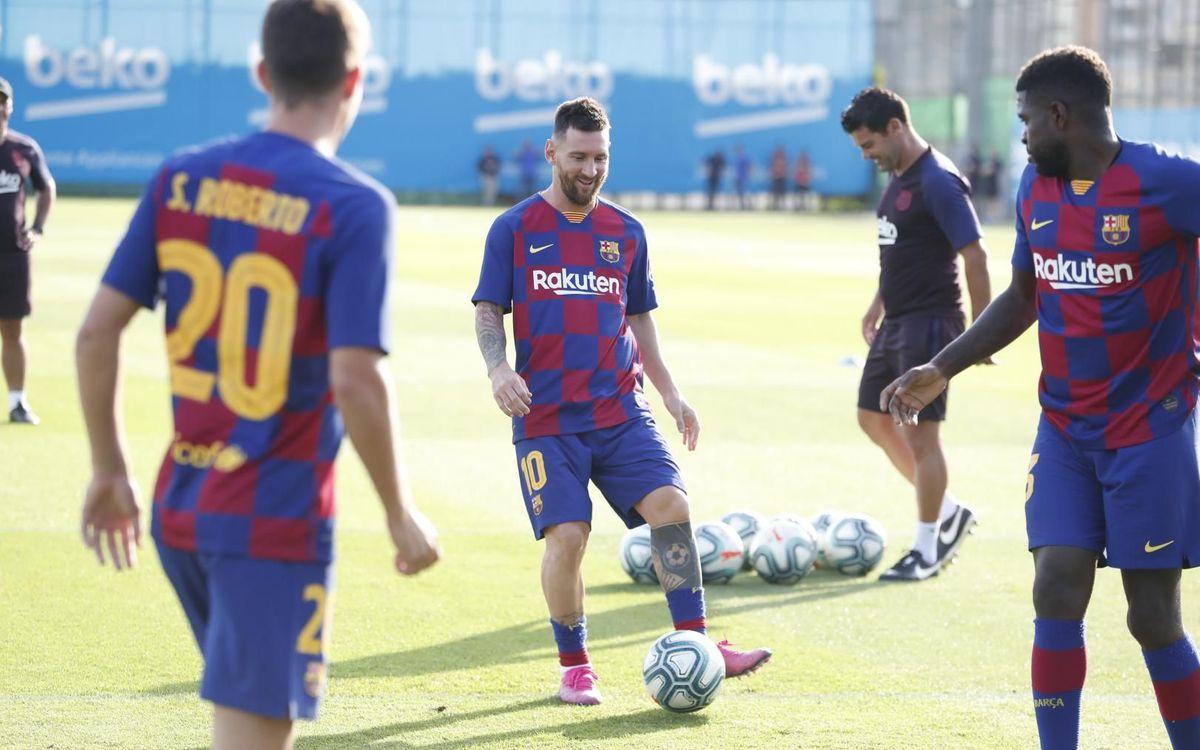 Messi s'entraîne avec le groupe