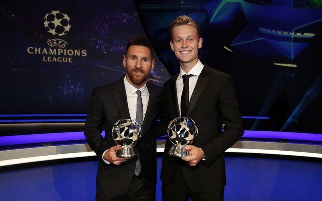 Messi và De Jong nhận giải thưởng của UEFA