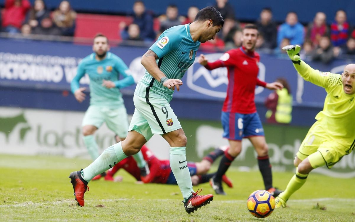 Suárez, autor de un gol en la última visita del Barça en Pamplona