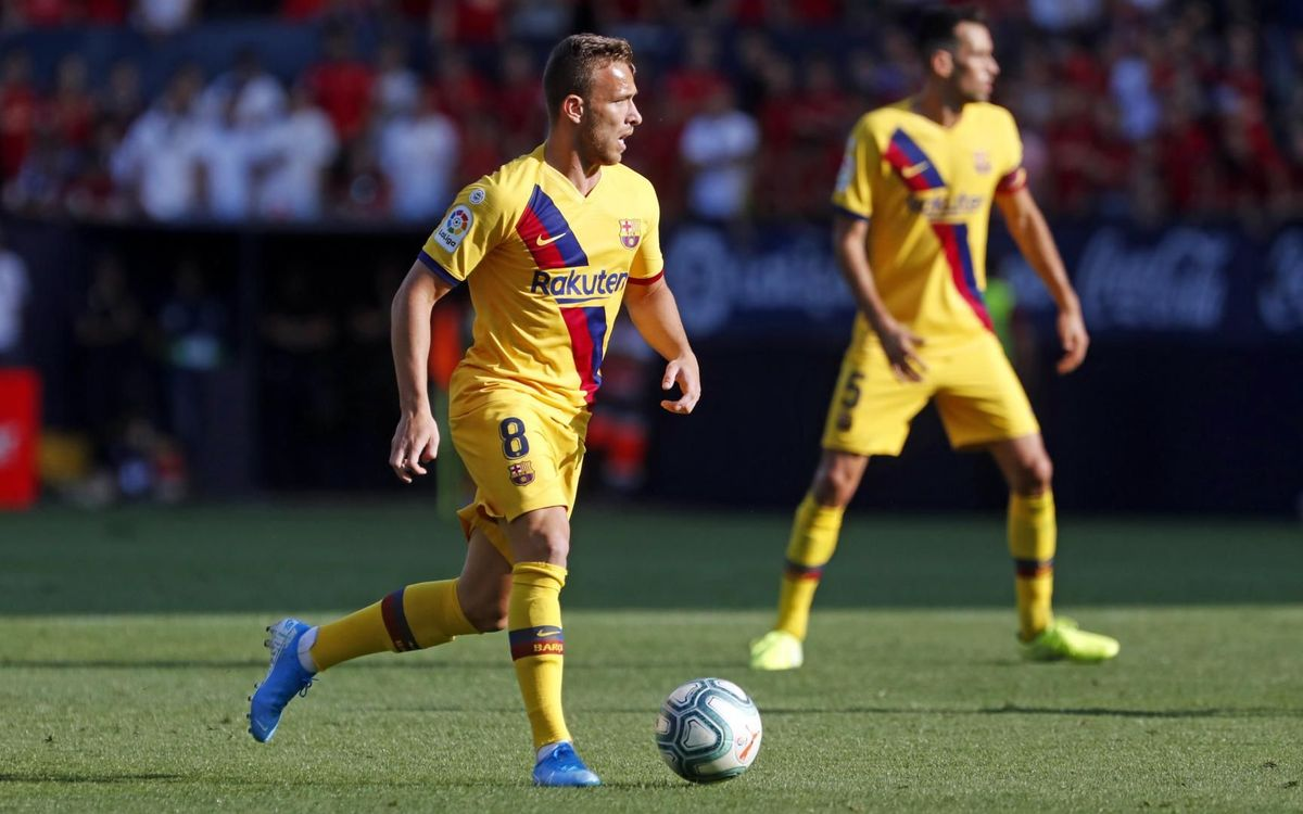 صور مباراة : أوساسونا - برشلونة 2-2 ( 31-08-2019 )  Mini_2019-08-31-OSASUNA-BARCELONA-33