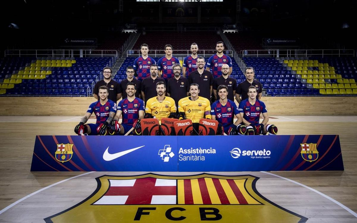 El Barça de hockey se hace la fotografía de equipo