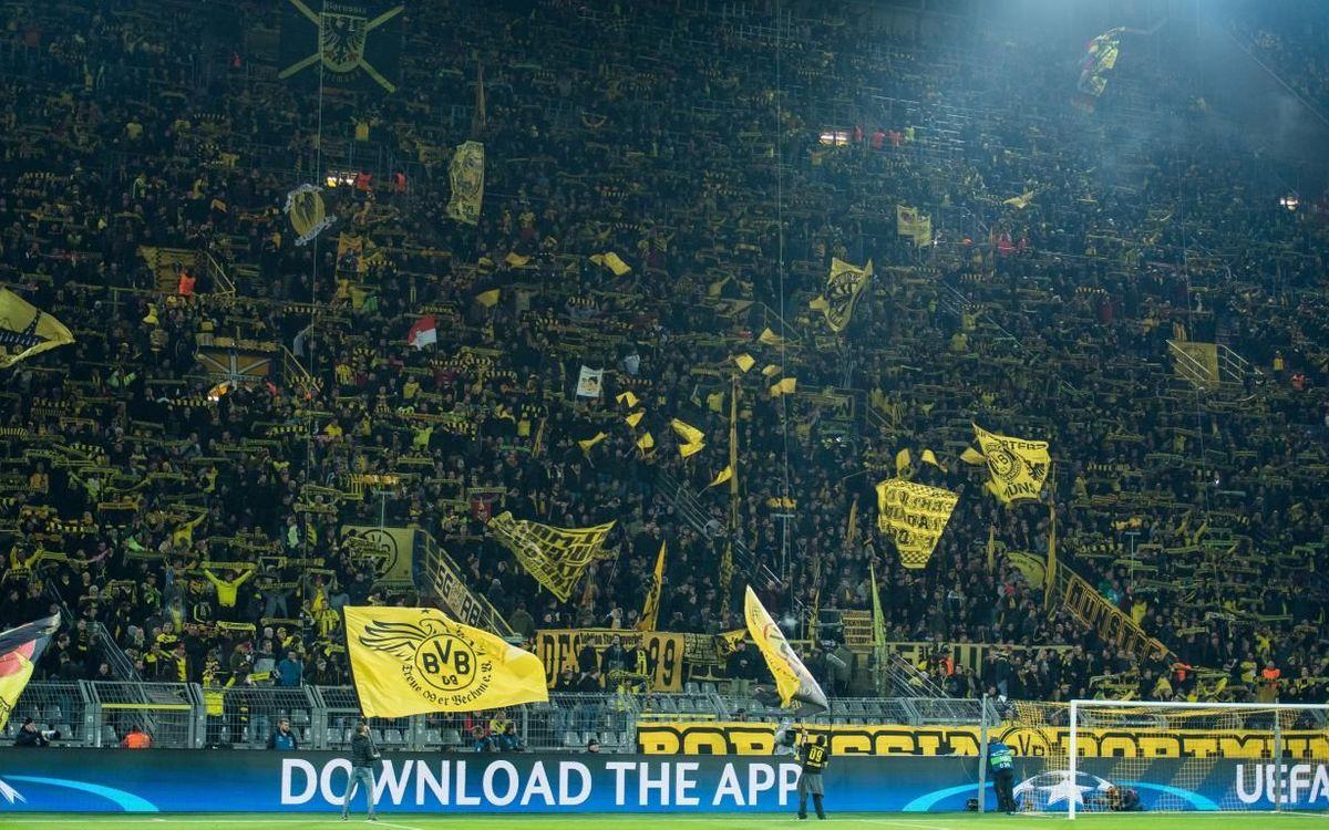 Afición del Borussia Dortmund - Fotos UEFA