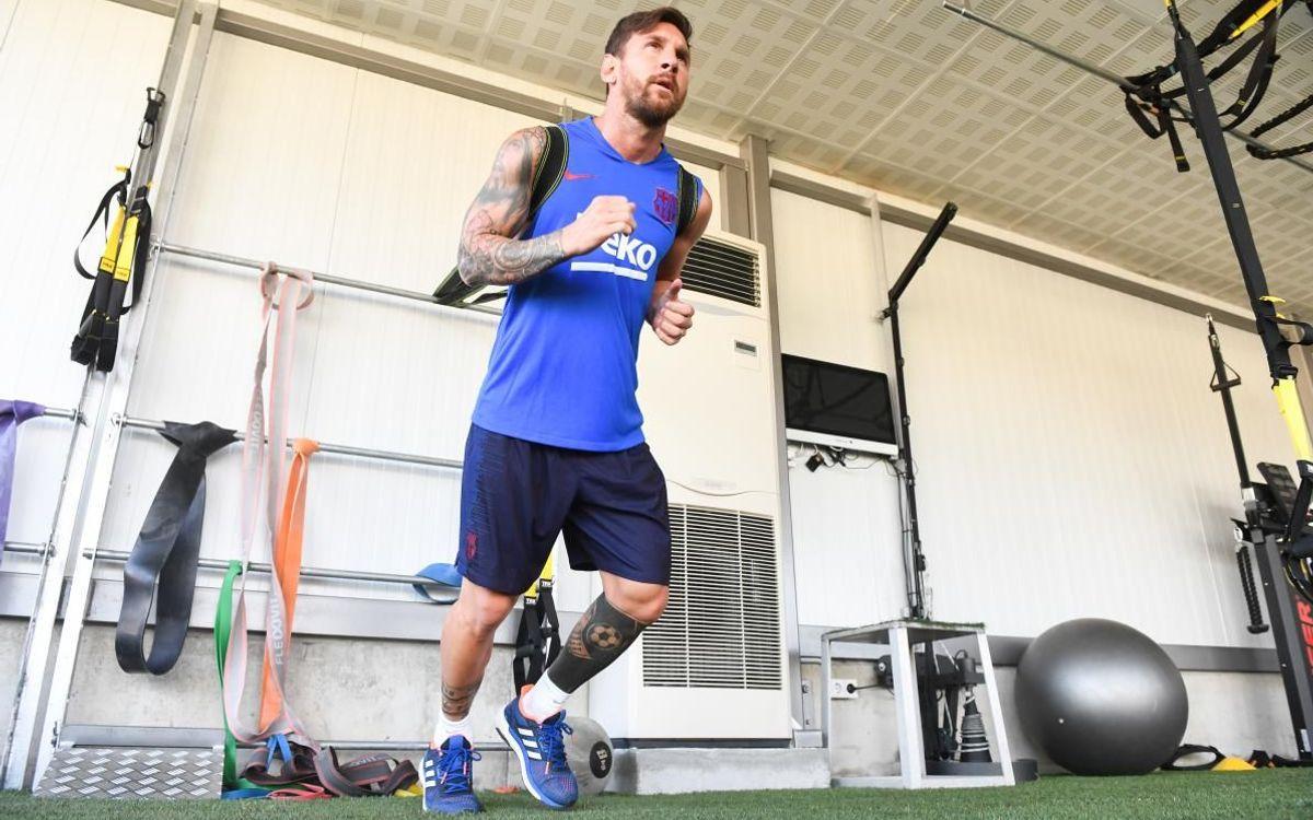 Messi, recuperándose de su lesión.