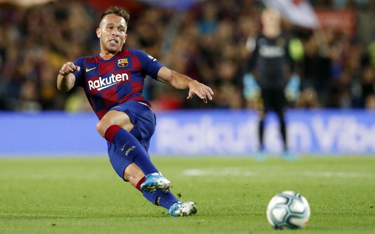 صور مباراة : برشلونة - فياريال 2-1 ( 24-09-2019 )  Mini_2019-09-25-OTRO-BARCELONA-VILLARREAL-15