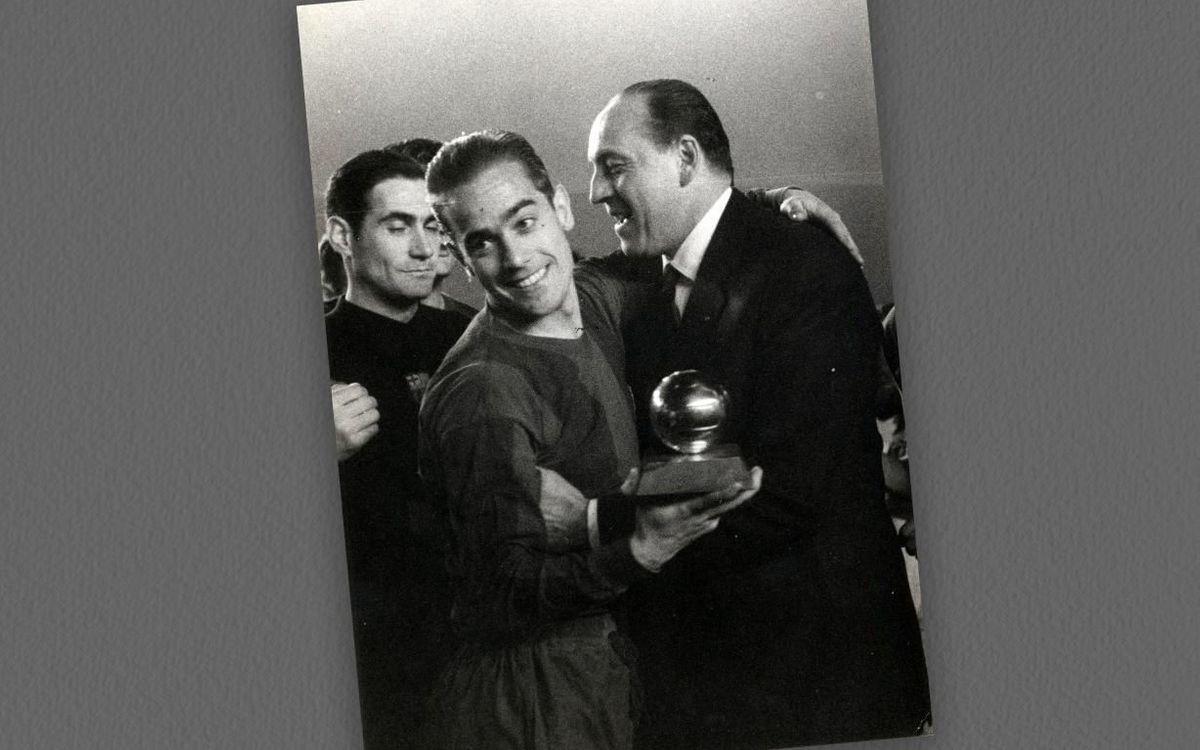 Luis Suárez, con el Balón de Oro.