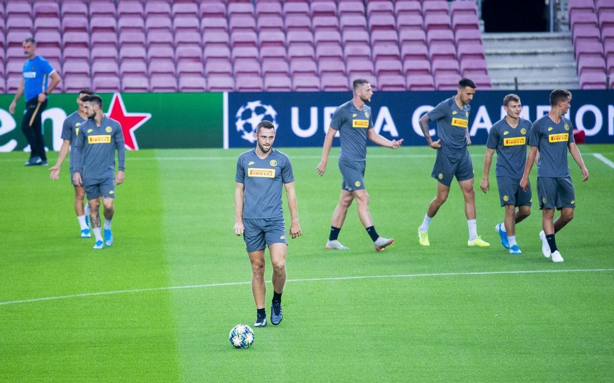 يوم واحد يفصلنا عن مباراة : برشلونة - أنتر  Mini_2019-10-01_ENTRENAMENTINTER_26