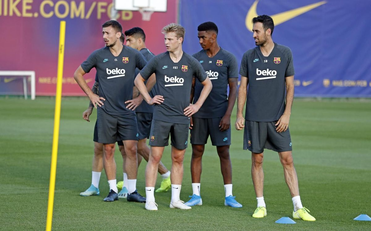 يوم واحد يفصلنا عن مباراة : برشلونة - أنتر  Mini_2019-10-01-ENTRENO-50