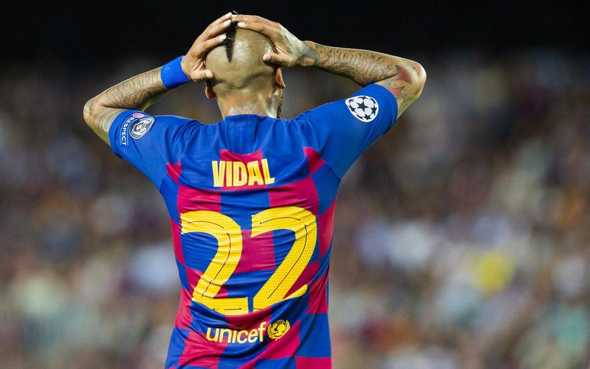 صور مباراة : برشلونة - إنتر 2-1 ( 02-10-2019 )  Mini_2019-10-02_FCBvsINTER_53