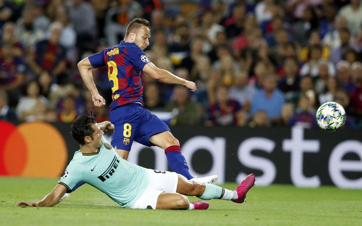 صور مباراة : برشلونة - إنتر 2-1 ( 02-10-2019 )  Mini_2019-10-02-BARCELONA-INTER-37