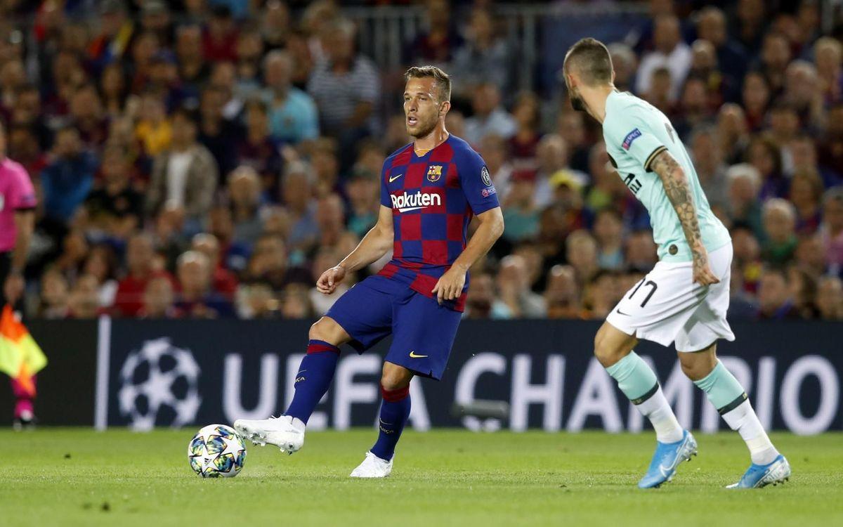 صور مباراة : برشلونة - إنتر 2-1 ( 02-10-2019 )  Mini_2019-10-02-BARCELONA-INTER-24
