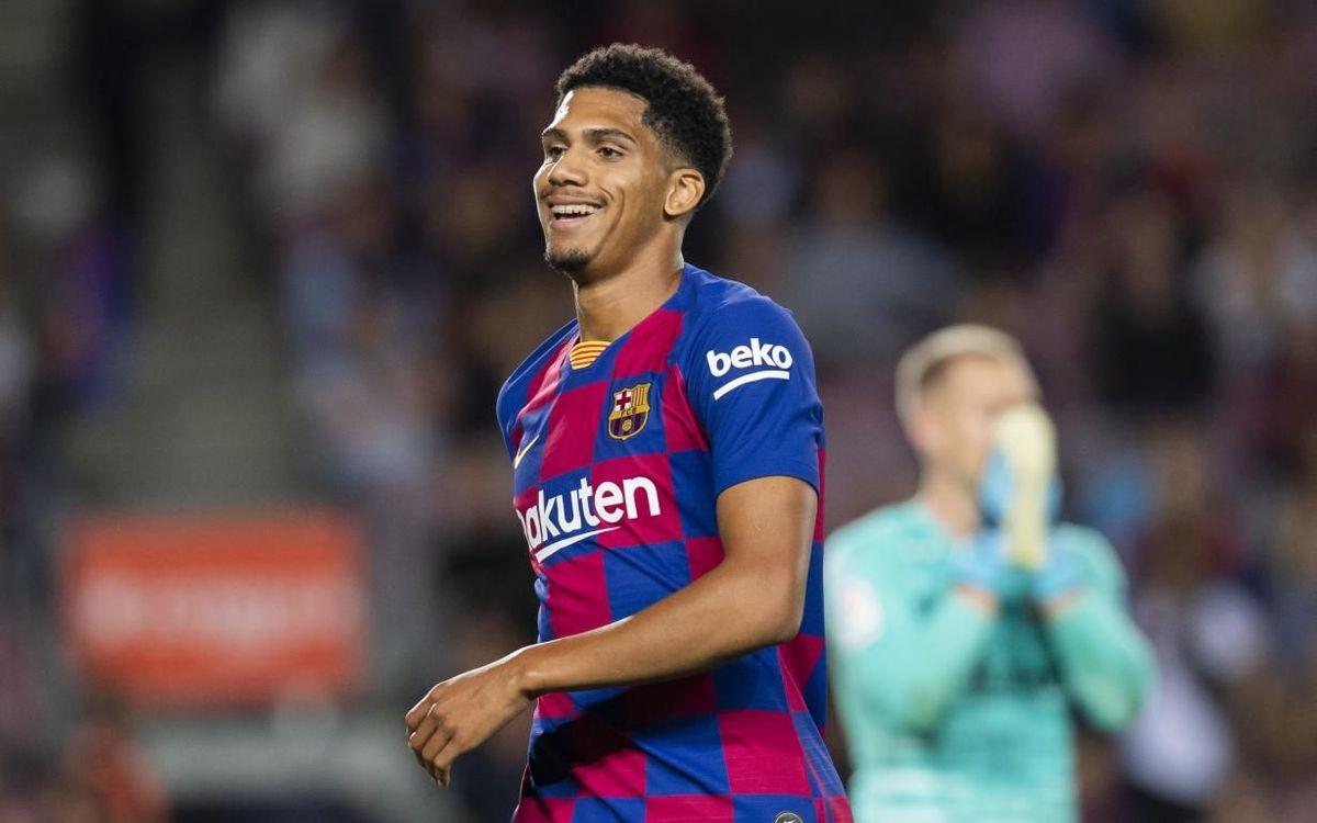 صور مباراة : برشلونة - إشبيلية 4-0 ( 06-10-2019 )  Mini_2019-10-06_FCBBvsSEVILLA_34