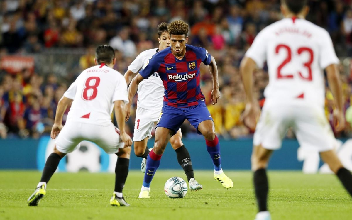 Todibo and Araujo debut at the Camp Nou