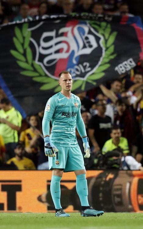 صور مباراة : برشلونة - إشبيلية 4-0 ( 06-10-2019 )  Mini_2019-10-07-OTRO-BARCELONA-SEVILLA-11