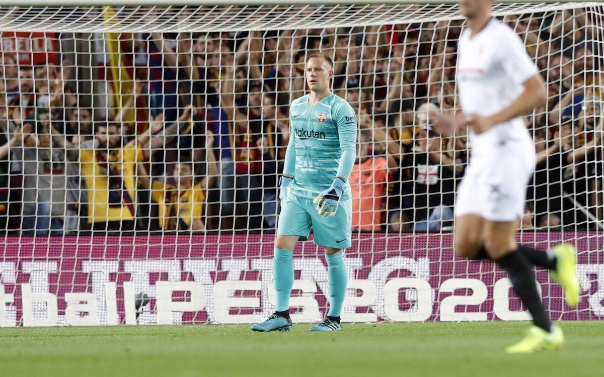 صور مباراة : برشلونة - إشبيلية 4-0 ( 06-10-2019 )  Mini_2019-10-06-BARCELONA-SEVILLA-88