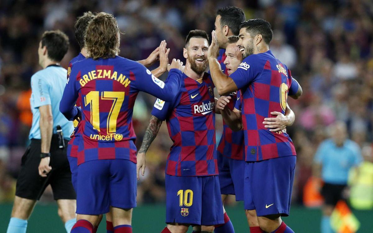 Messi célèbre un but avec ses coéquipiers, dont Griezmann - MIGUEL RUIZ-FCB