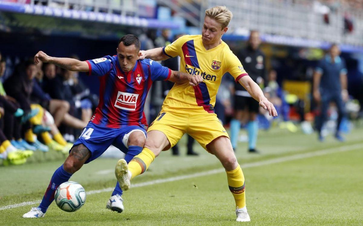 De Jong en action contre Eibar lors du match aller