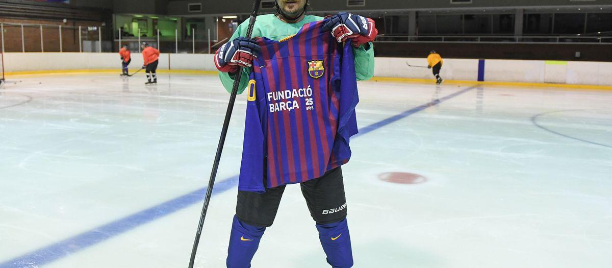 Actor Luka Peroš joins up with Barça Ice Hockey team