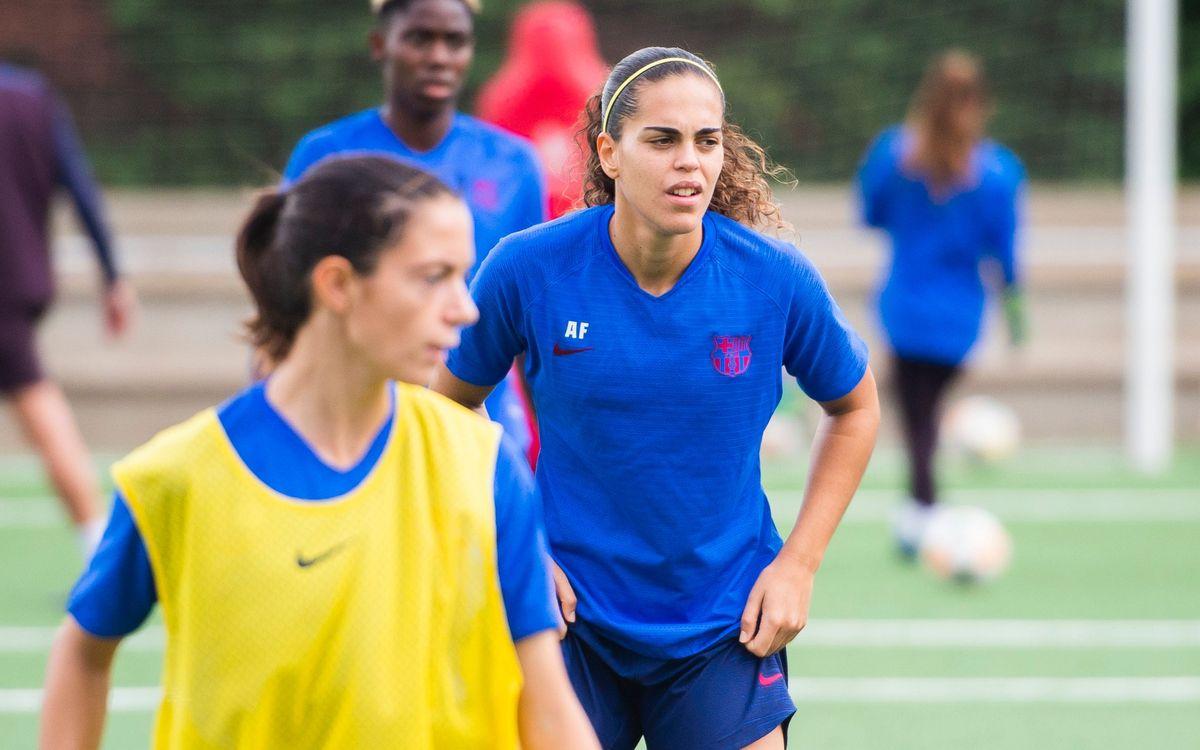 Andrea Falcón comença a fer treball amb el grup