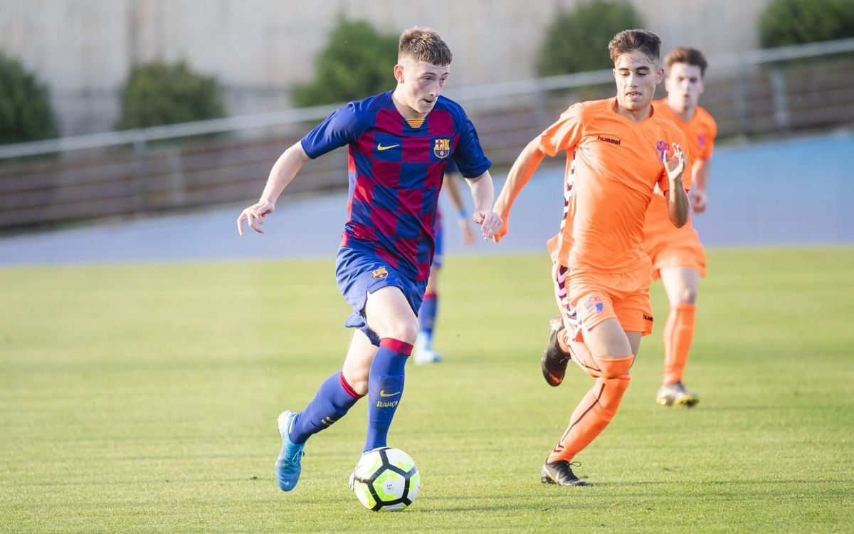 Louie Barry scores first goal on debut start for FC Barcelona U19A side